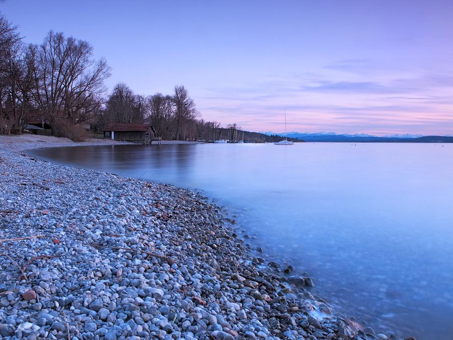 Spring sunset at the lake