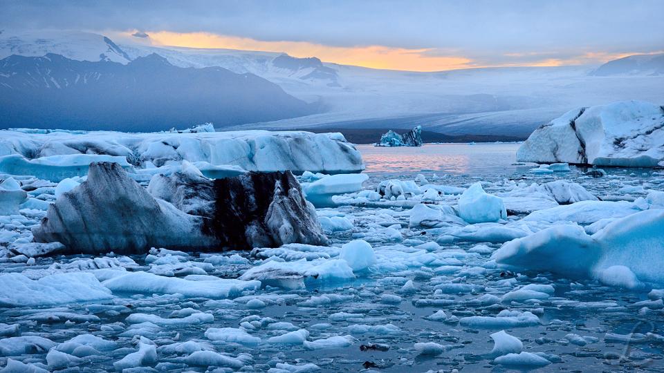 The lonely Iceberg
